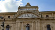 Napoli, favori e fatture gonfiate: la truffa del pranzo dei poveri