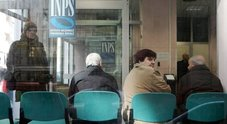 Reddito di cittadinanza, gente già in fila negli uffici dell'Inps
