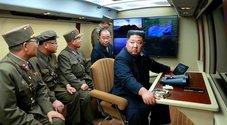 La Corea del Nord lancia due nuovi missili: «Non siamo legati all'alleggerimento delle sanzioni»