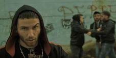 Immagine Il videoclip del nipote del boss con la pistola