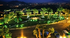 Fiumi di droga dalla Spagna a Napoli, 17 arresti: c'è anche il proprietario di Villa Manzi