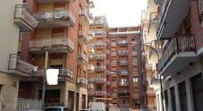 Cadavere di un 54enne trovato a pochi passi dal Tribunale di Avellino: è giallo