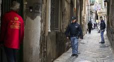 Napoli, nuovo raid di fuoco ai Decumani: auto crivellata di proiettili