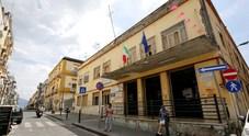 Torre del Greco: «Estranei nel seggio durante blackout»