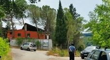 Partorisce e abbandona il feto in un secchio: choc in Campania