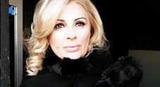 Tina Cipollari contro Angela Di Iorio: «Arrampicatrice sociale in cerca di un uomo bancomat»