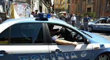 Rapina farmacia, tradito da un video preso 58enne: si cerca il complice