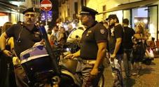 Napoli, notte di sangue ai baretti di Chiaia: 19enne accoltellato tra la folla