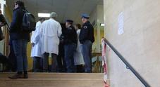 Far West nell'ospedale dei Pellegrini a Napoli, arrestati i tre pistoleri: è la faida della Pignasecca