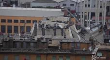 Genova, il ponte crollato su una palazzina