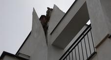 Fulmine colpisce una casa,  un uomo salvo per miracolo