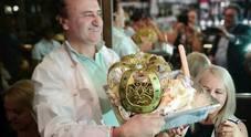 Il pasticciere Cafiero rende omaggio al Royal wedding con un ice cream all'insegna di fiori d'arancio dorati