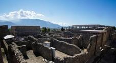 Pompei, turista inciampa durante la visita agli scavi e fa cadere una colonna