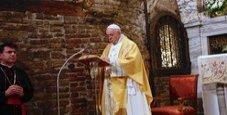 Immagine Il Papa da Loreto: «Difendiamo la famiglia»
