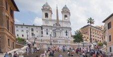 Immagine Trinità dei Monti, turista muore sulla scalinata
