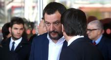 Salvini: «La foto con il mitra? Polemiche fondate sul nulla»