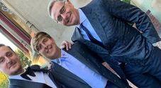 Paolo Bonolis, il figlio Stefano sposa la procace Candice Hansen