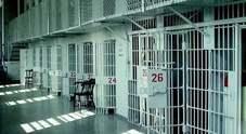 Napoli, ancora un suicidio a Poggioreale: 40enne si impicca in cella