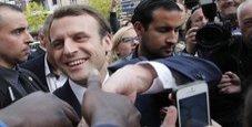 Immagine Francia, bufera su assistente Macron