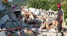 Isola d'Elba, esplode una palazzina: morti marito e moglie, tre feriti gravi