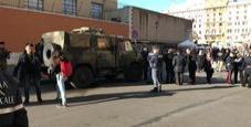 Immagine Roma, paura in Vaticano: benzina su mezzo Esercito
