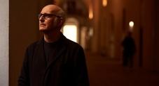 «Seven days walking»: l'incanto del piano di Einaudi all'Arena Flegrea