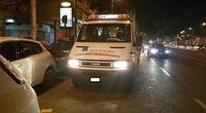 Napoli, raid a via Marina: ruote bucate alle auto in sosta sulle strisce blu
