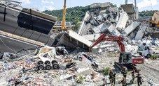 Il sindaco di Torre del Greco a Genova: «I nostri quattro giovani vittime di Stato»