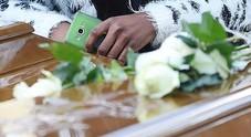 21 mesi all'obitorio, la salma del migrante in Campania non trova sepoltura