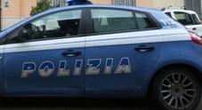 Napoli, rapina dipendenti di pizzeria: tradito dal telefonino che squilla