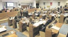 Infornata in Regione Campania: via libera a 69 posti, pronti parenti e amici