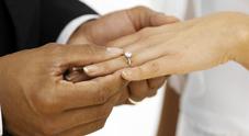 Finte nozze alla IV Municipalità, condannato solo falso sposo. La vittima: «Scriverò alla Corte europea»