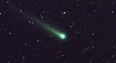 La cometa di Natale sfiorerà la Terra: ecco come vederla Video