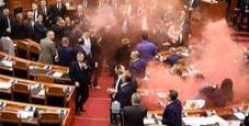 Immagine Albania, opposizione sull'Aventino e caos