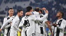 Ronaldo sbaglia, la Juventus no: tris al Chievo, il Napoli torna a -9