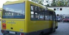 Immagine Bimbo tre anni dimenticato e ritrovato sullo scuolabus