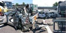 Immagine Tir piomba su tre auto: spaventoso schianto