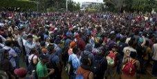 Immagine La carovana dei migranti in marcia verso il confine