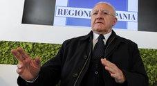 De Luca, attacco al premier Conte: «Circense che governa due gemelli»
