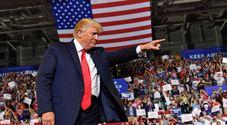"""«Rimandatele a casa loro!», la """"rissa"""" di Trump con le donne del Congresso paga: gradimento al 50%"""
