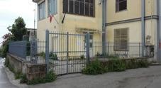 Europee, primi disagi nel Napoletano: seggio vandalizzato e chiuso, caos elettori