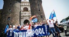 «Lavatrici spedite da Napoli in Polonia», riesplode la protesta Whirlpool