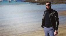 Rissa a Cadice, gli amici di Emilio: «Ha cominciato a bere in Spagna»
