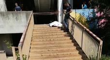 Napoli choc, precipita da una vela di Scampia: morto un 19enne