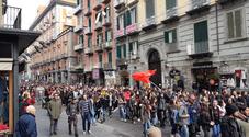 Riforma dell'esame di maturità, duemila studenti paralizzano Napoli per dire no
