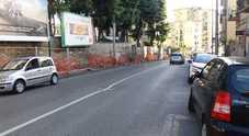 Colli Aminei, il muro della vergogna: «Da 4 anni aspettiamo i lavori»