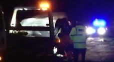 Incidente d'auto per il principe Filippo: schianto con la Range Rover, è sotto choc