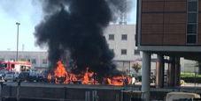 Immagine Pauroso incendio a Mestre: auto in fiamme e nube nera