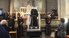 Padre Pio, il saio delle stimmate esposto a Napoli per due giorni