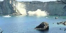 Immagine Da Ponza a Positano, quanti paradisi al collasso